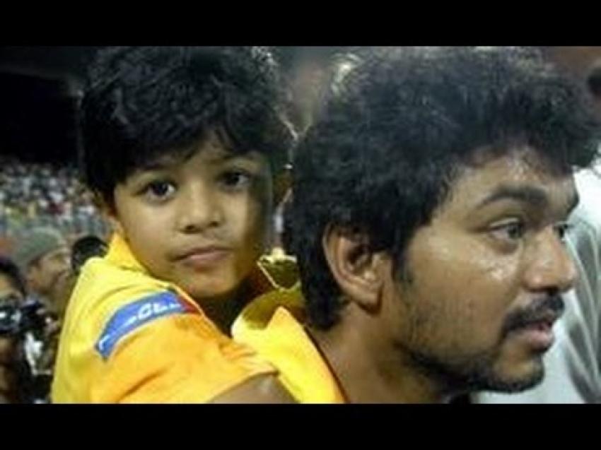 Vijay's Son Jason Sanjay & Divya Saasha Viral Photos - FilmiBeat