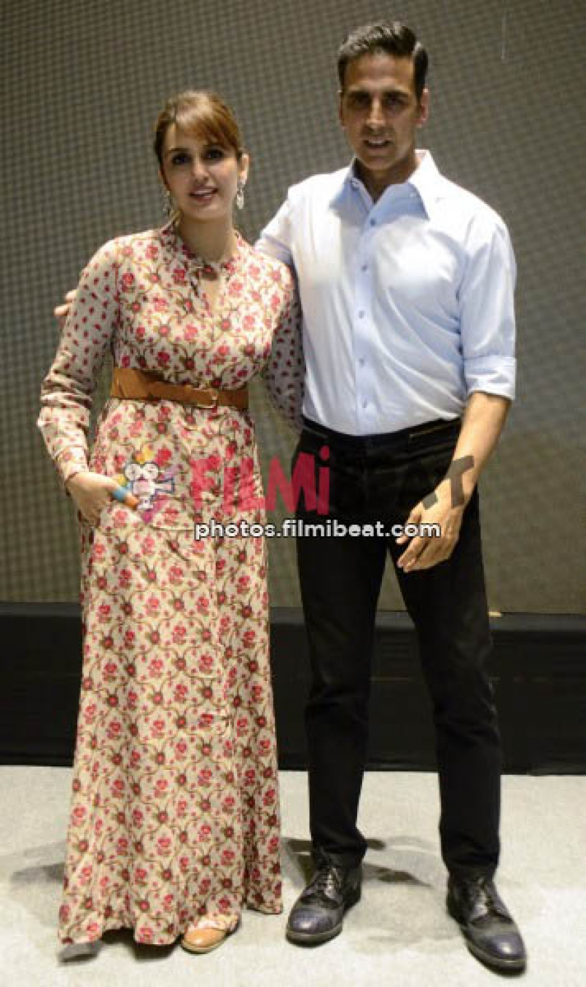 Akshay Kumar and Huma Quresi At Jolly LLB 2 Promotion In Ahmedabad