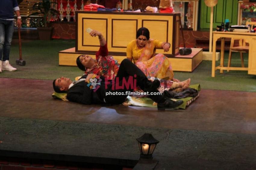 Akshay Kumar Promotes Jolly LLB 2 On The Sets Of Kapil Sharma Show