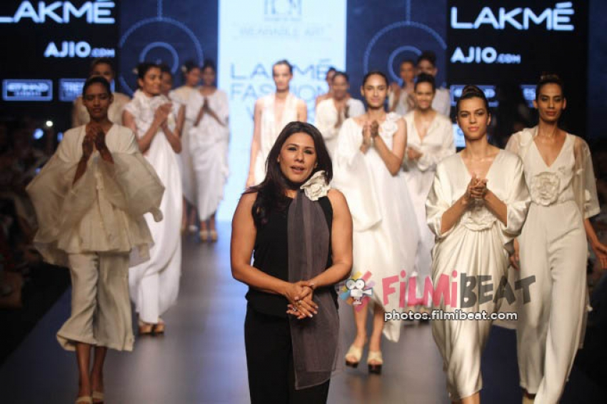 Shabana Azmi, Reggina, Adha Sharma Walks The Ramp At LFW 2017