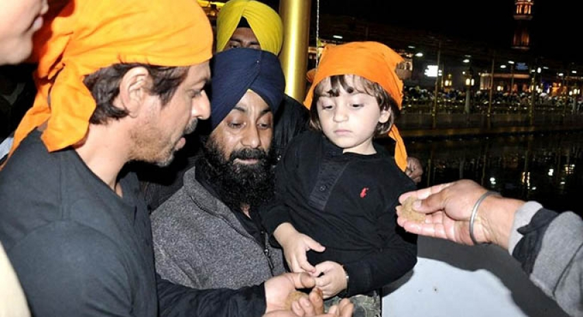 Shah Rukh Khan With Son AbRam At Golden Temple