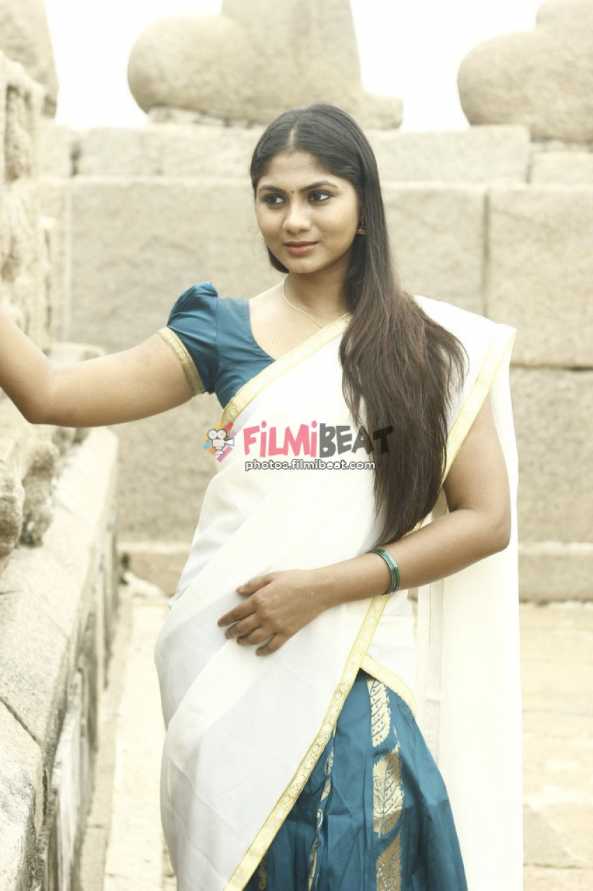 Shruti Reddy Photos