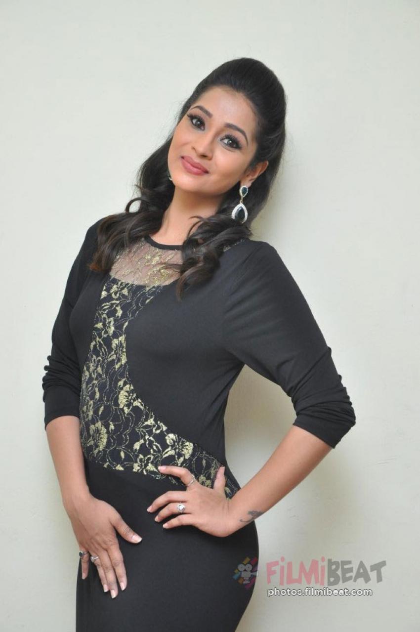 Manasa Manohar Photos
