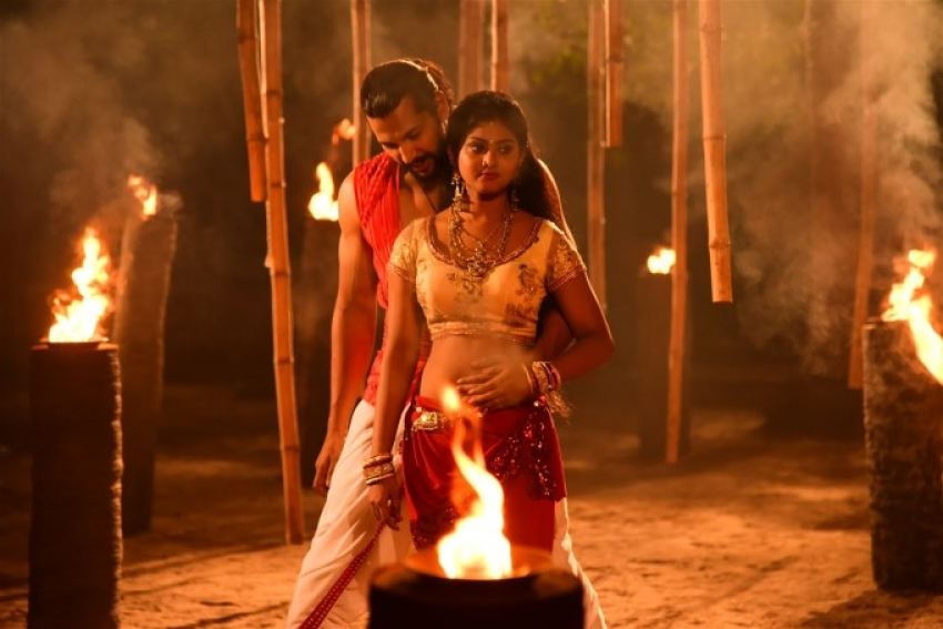 Actress Sivaani Spicy Pics