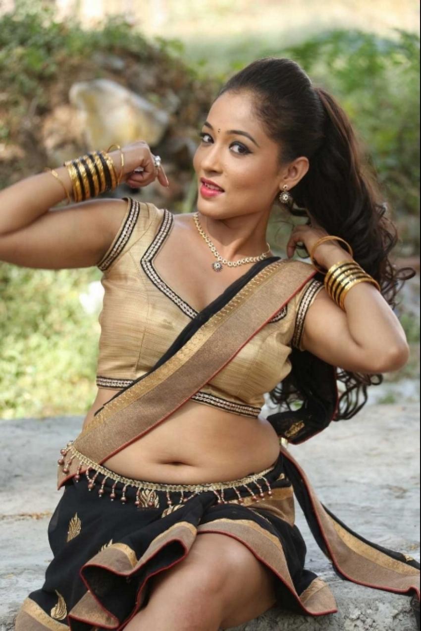 Agnes Sonkar Hot Pics Photos