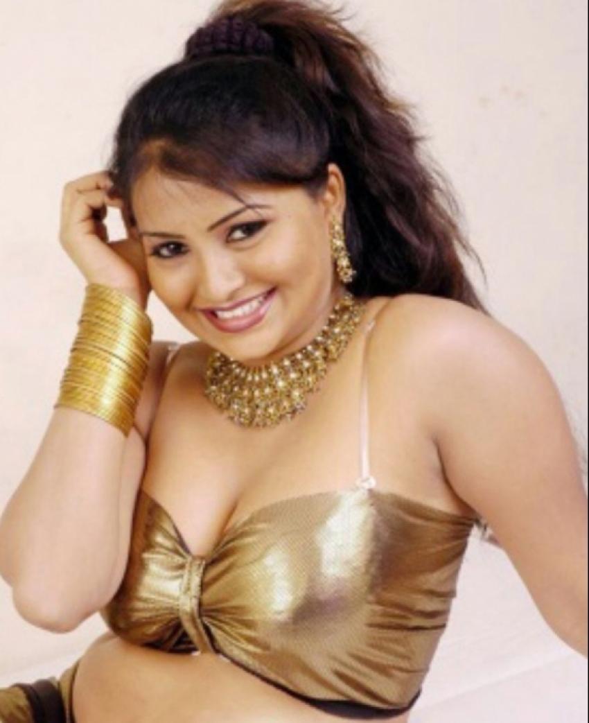 Preethi Nayagi Bold Stills Photos