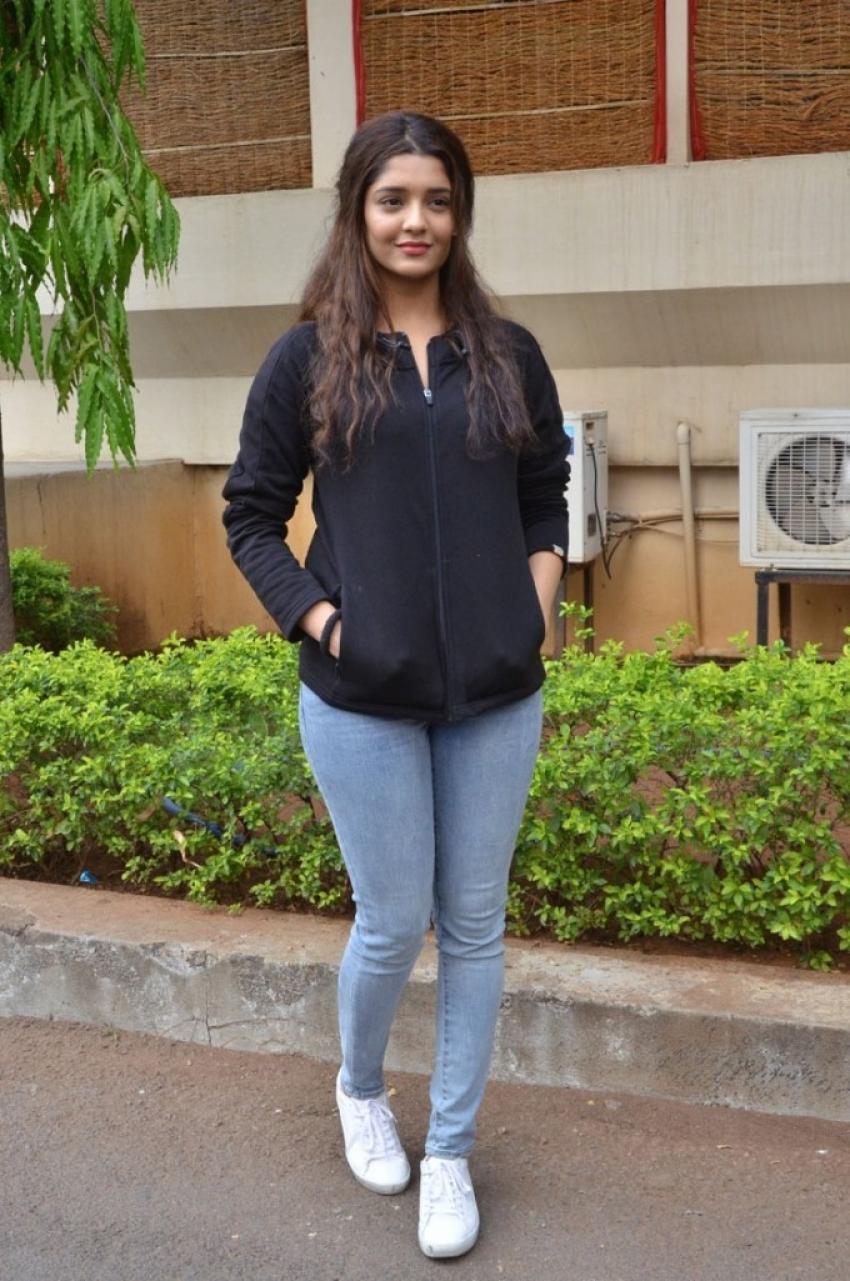 Rithika Singh Photos