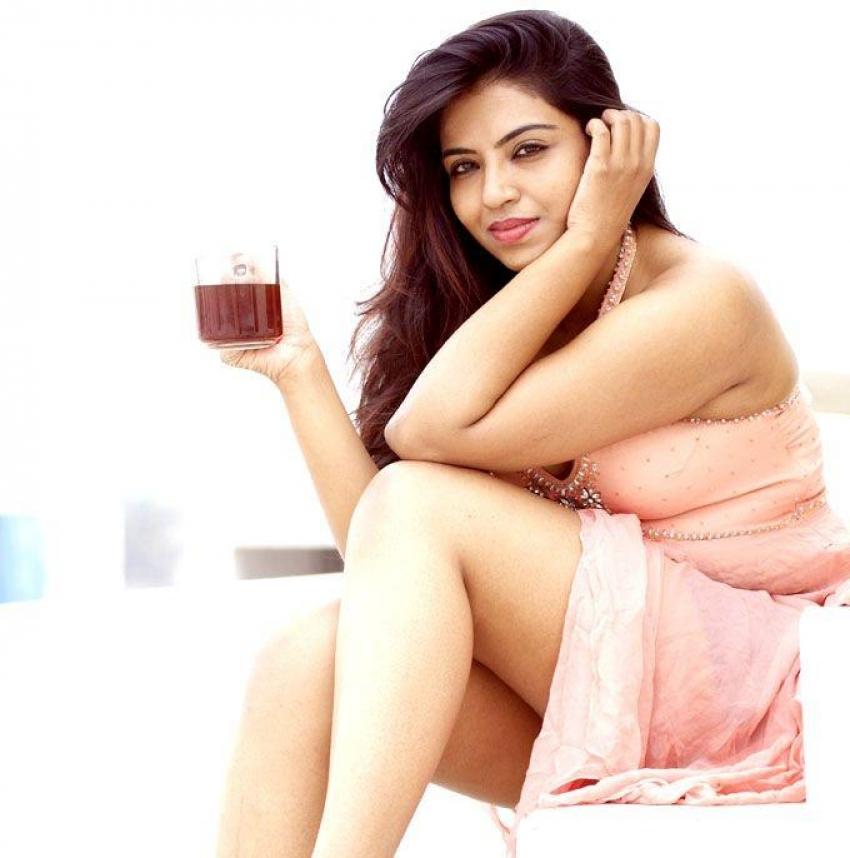 Sasha Gopinath Hot Pics