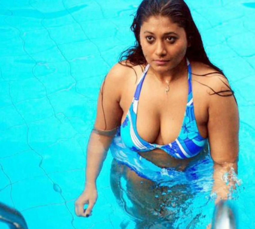 Sebha Jhan Hot Bikini Photos