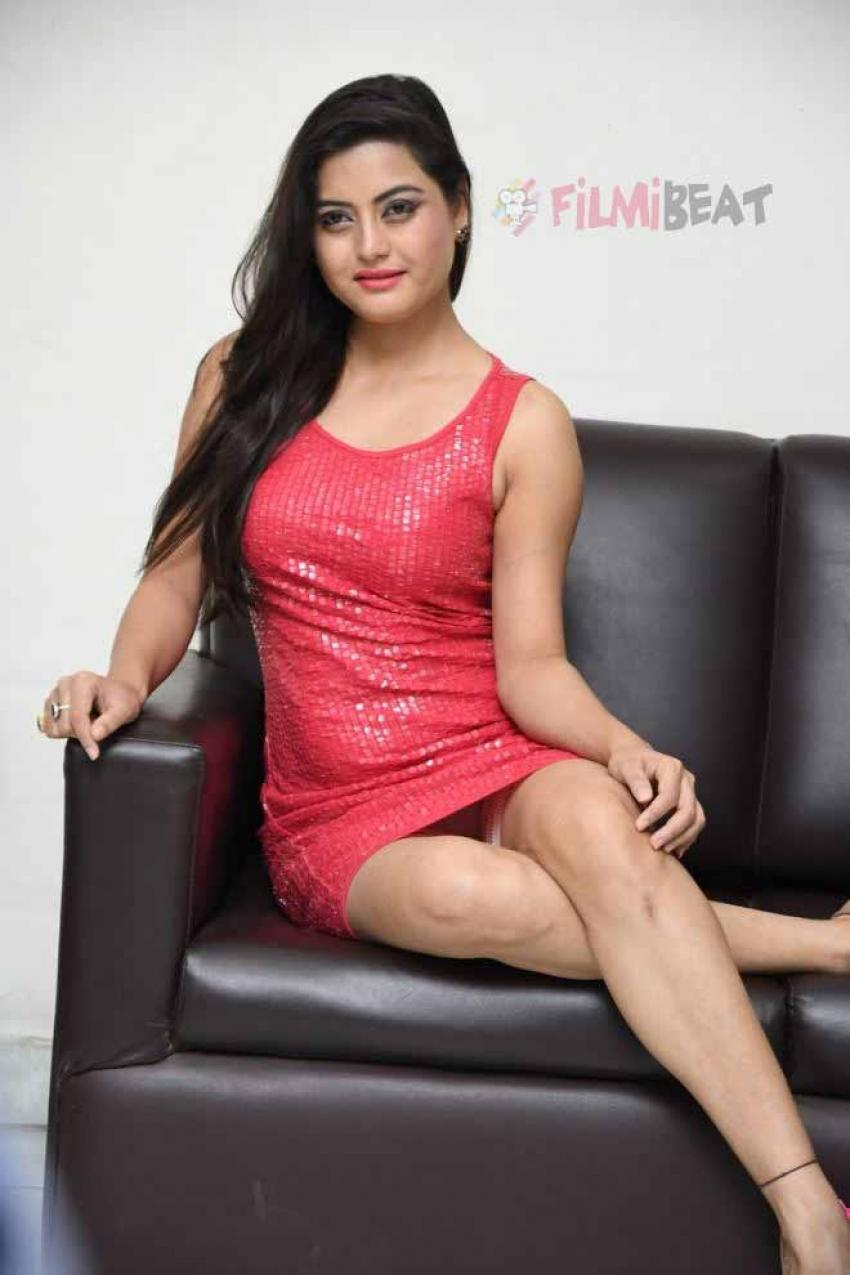 Shipra Gaur Photos