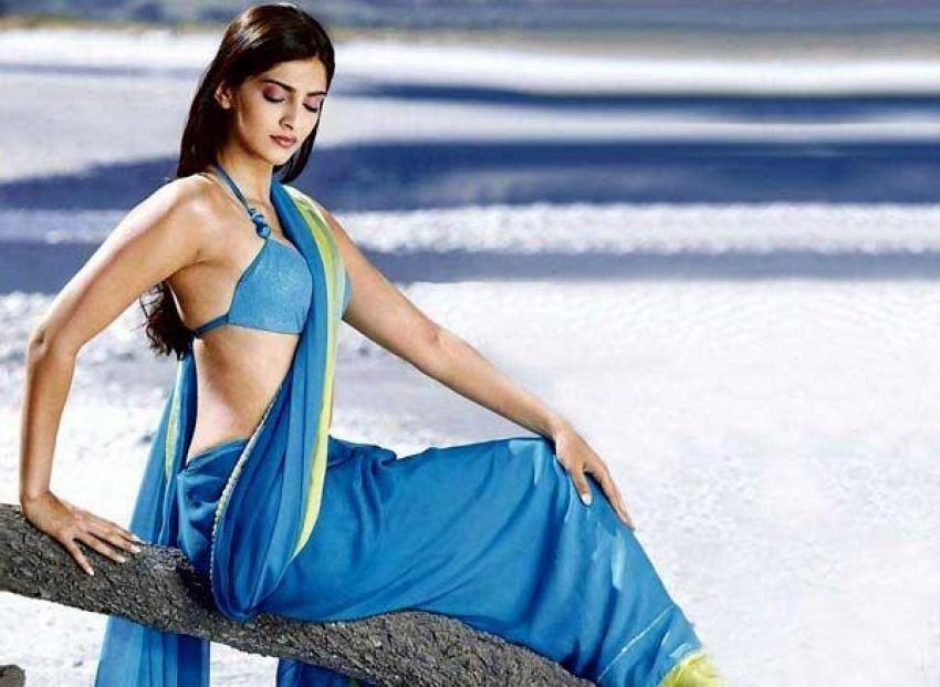 South Indian Hot Saree photos