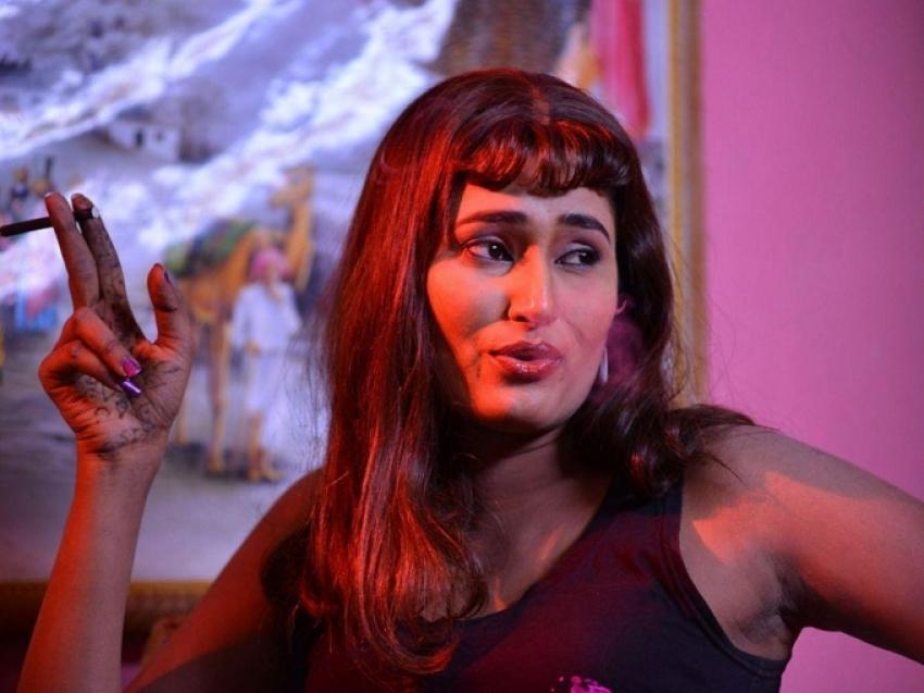 Swathi Naidu Bold Glam Pics