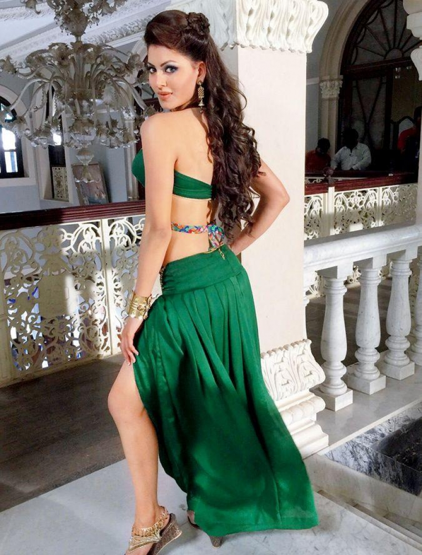 Urvashi Rautela 2017 Hot Pics Photos