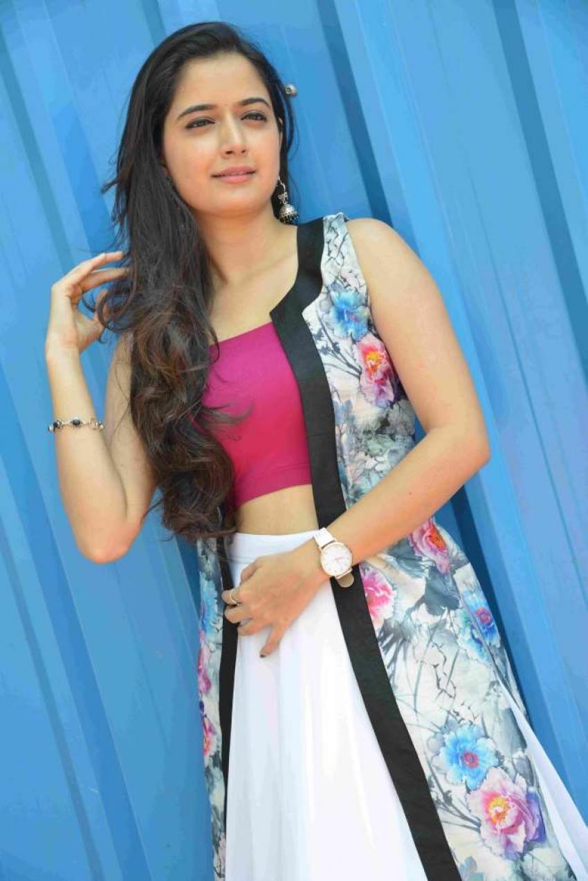 Ashika Photos