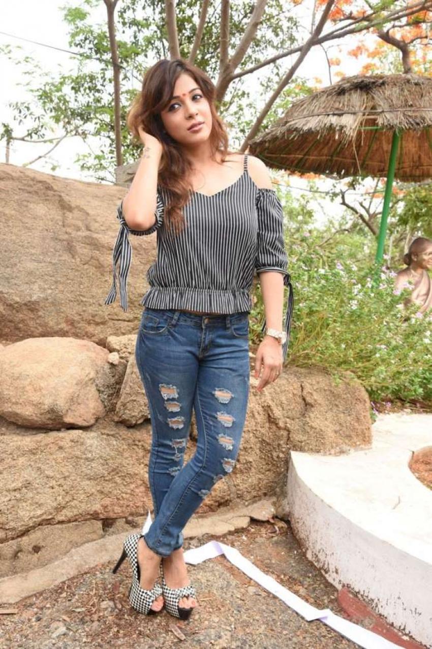 Sonia Photos