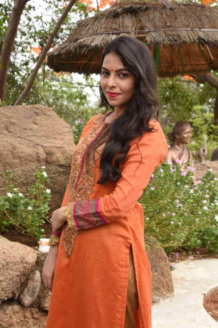 Farah Photos