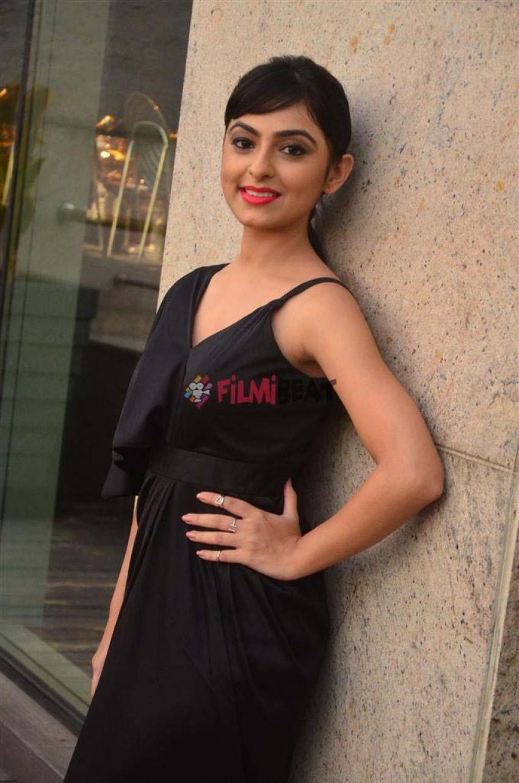 Pooja K Dhoshi Photos
