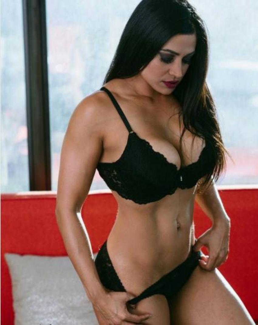 Priya Binion Fitness Model India National Champion Hot Photos