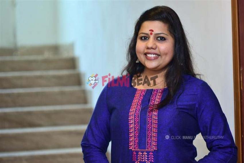 Sneha Sreekumar Photos