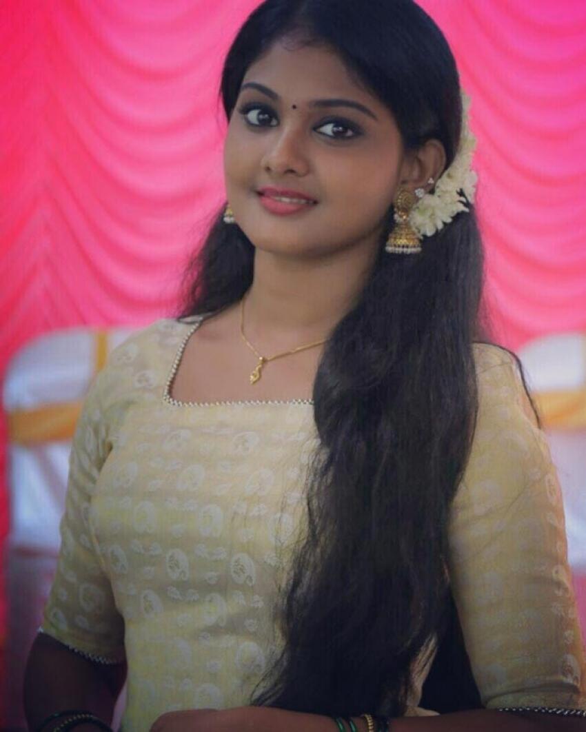Vindhuja Vikraman Photos