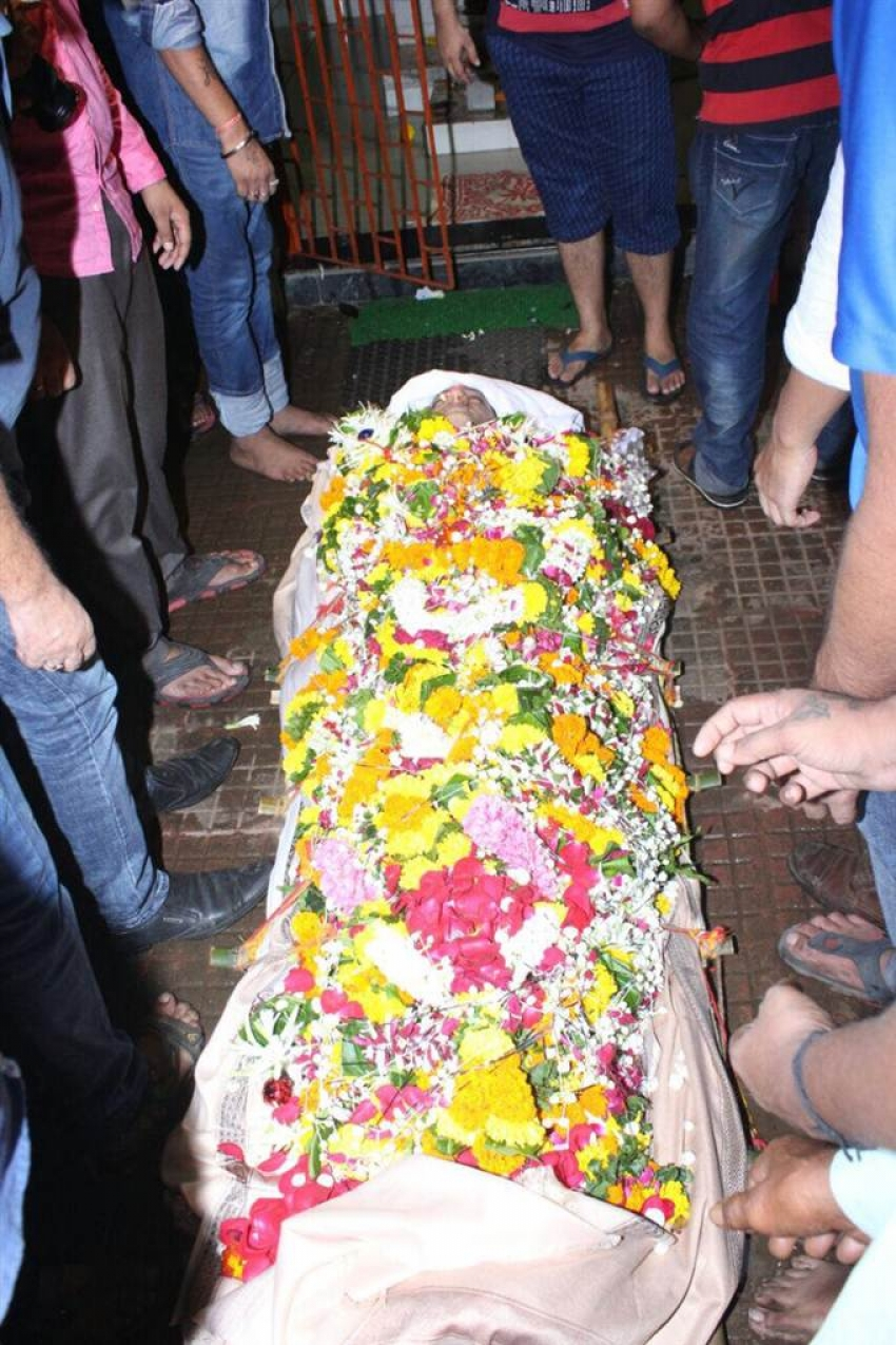 Funeral Of Actor Inder Kumar Photos