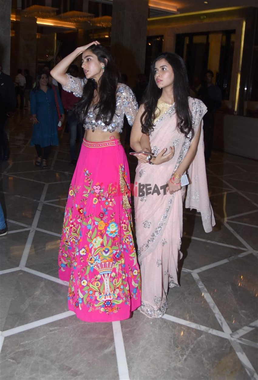 Sara Ali Khan After Abu Jani Sandeep Khosla Full Show Photos