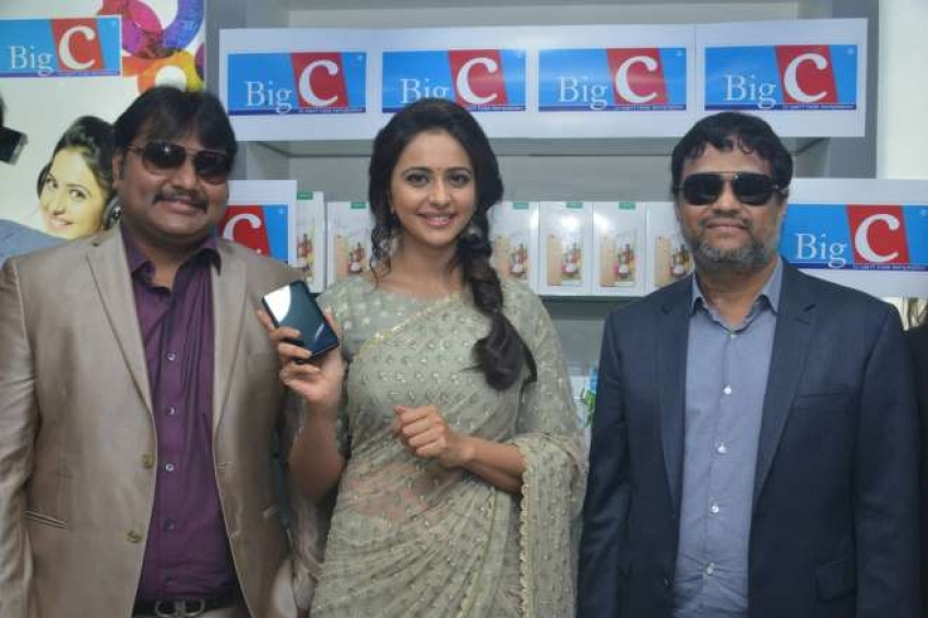 Rakul Preet Singh launch Big C show room at Kurnool Photos
