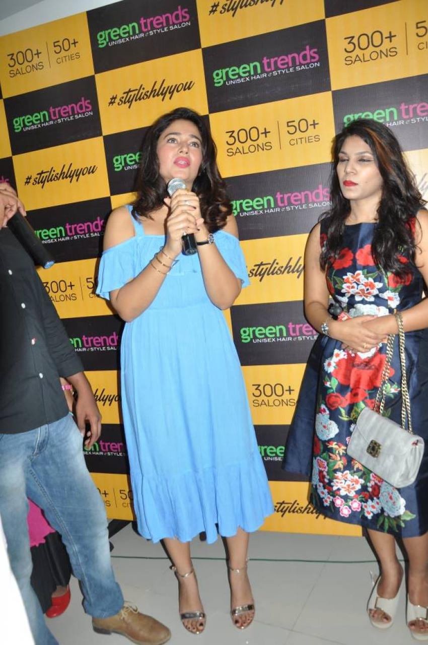Poonam Bajwa Opens Kanuru Saloon at Vijayawada Photos