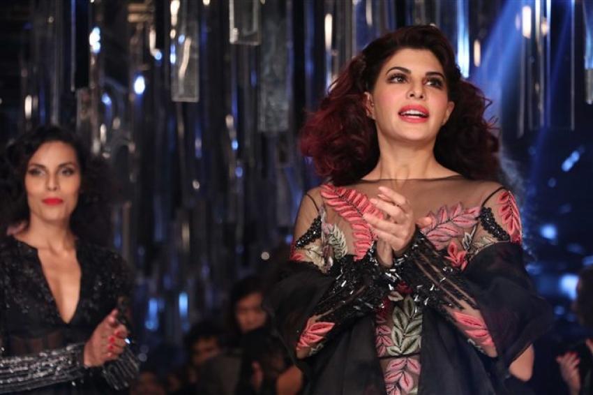 Aditya Roy Kapur & Jacqueline Fernandez Walks The Ramp At Lakme Fashion Week 2017 Photos