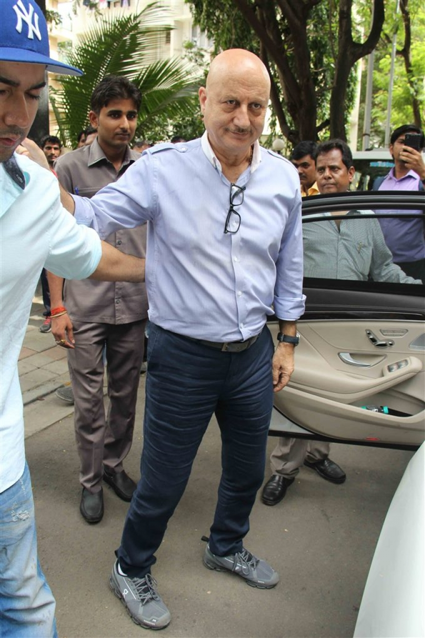 David Dhawan 62nd Birthday Celebration With Anupam Kher Photos