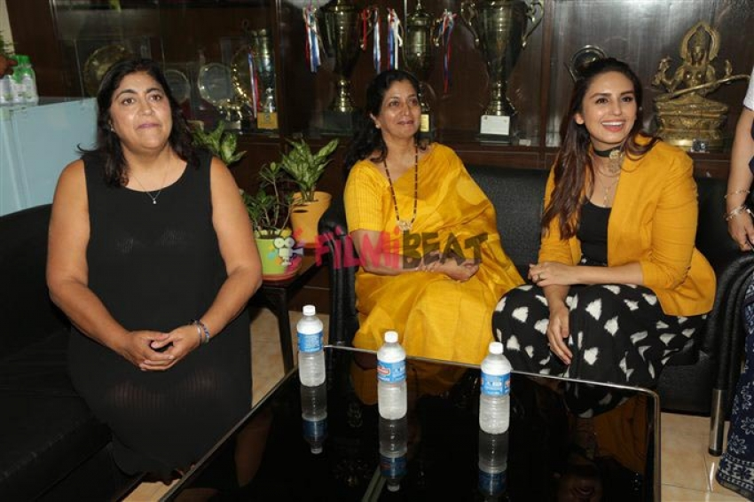 Huma Qureshi Visit Her College Gargi In New Delhi Photos