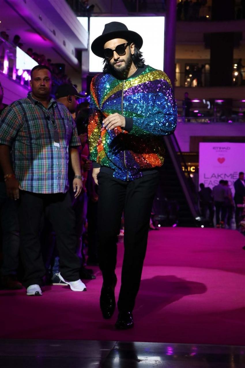Ranveer Singh Walks The Ramp At Lakme Fashion Week 2017 Photos