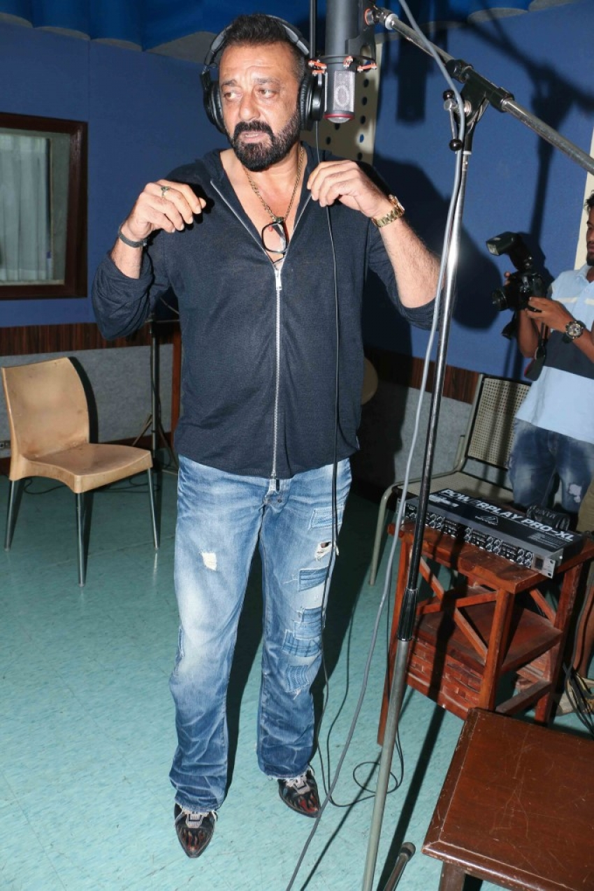 Sanjay Dutt Records Song For Bhoomi Photos