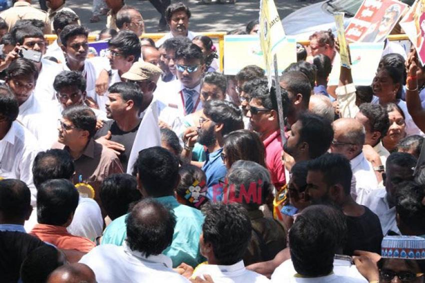 Dhanush The flag Off ShreeDayaa Foundation's Bharat Yatra Photos