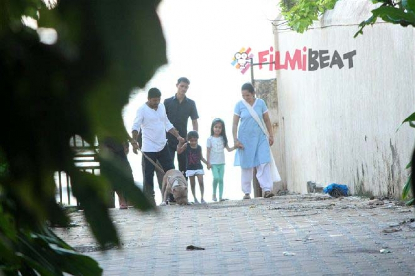 Exclusive Akshay Kumar Daughter Nitara Kumar Spotted At Juhu Photos