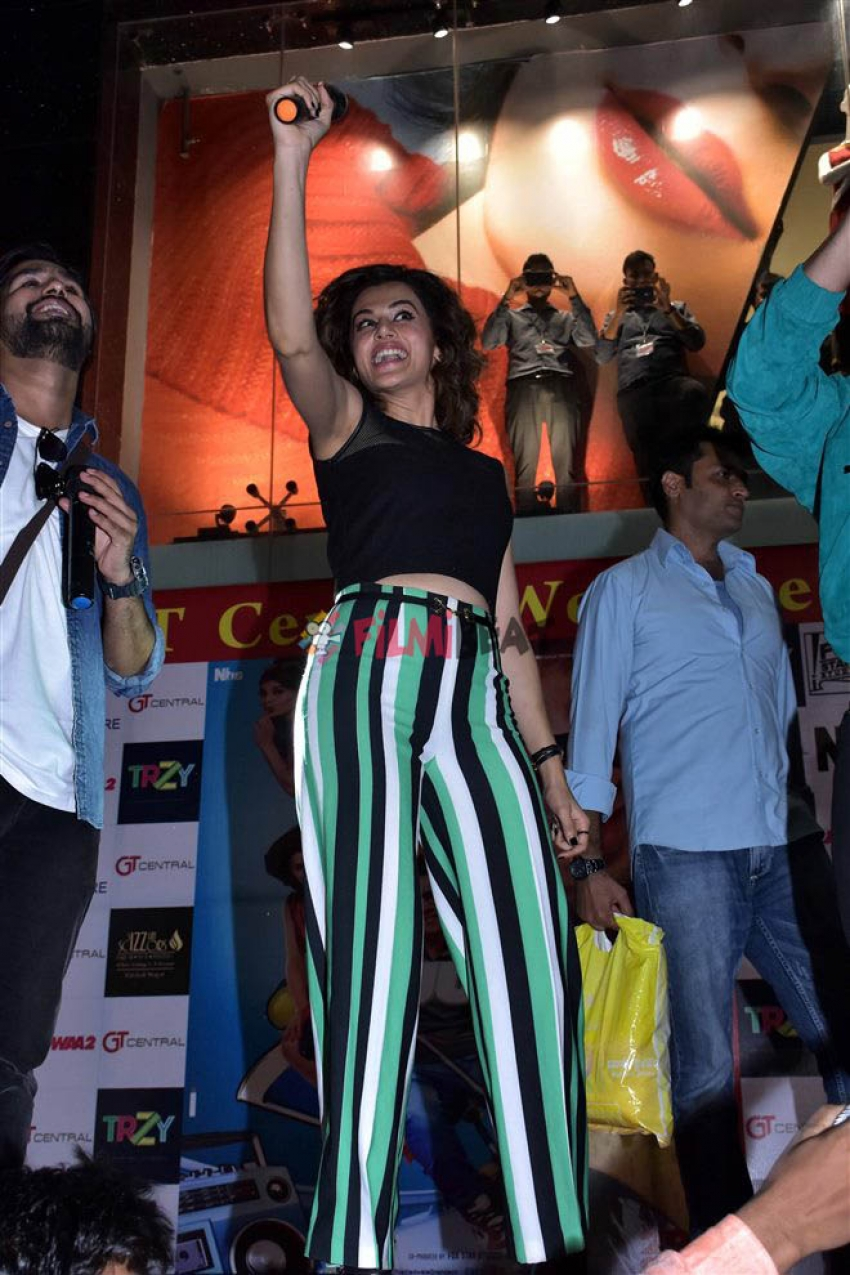 Judwaa 2 Song Unchi Hai Building Launch At Jaipur Photos