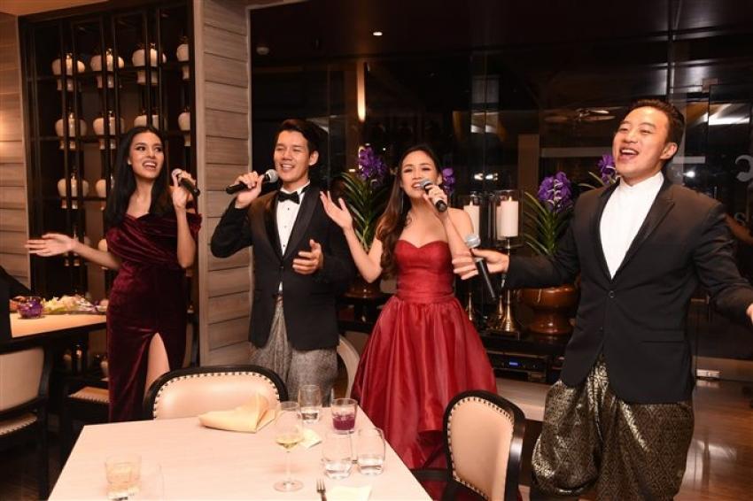 Sanjay Dutt & Manyataa At Nara Tthai Restaurant launch Photos