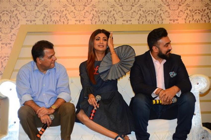 Shilpa Shetty & Raj Kundra At The Launch Of New Show Aunty Boli Lagao Boli Photos