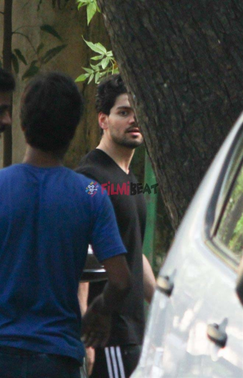 Sooraj Pancholi Photos