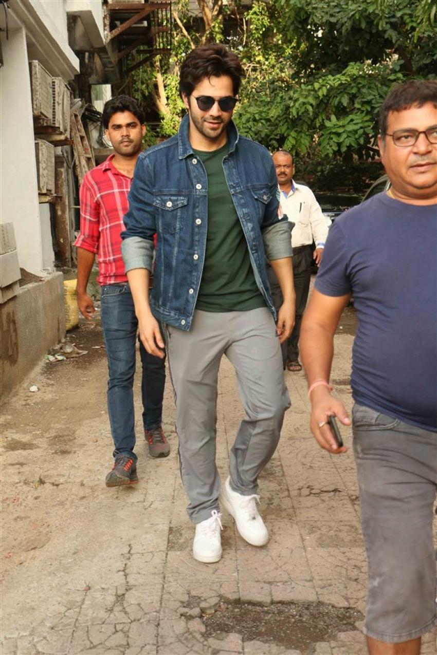 Varun Dhawan Spotted At Shoojit Sarkar Office Photos