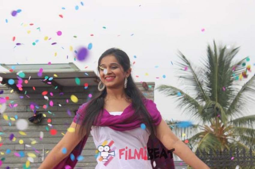 Divangatha Manjunathana Geleyaru Photos