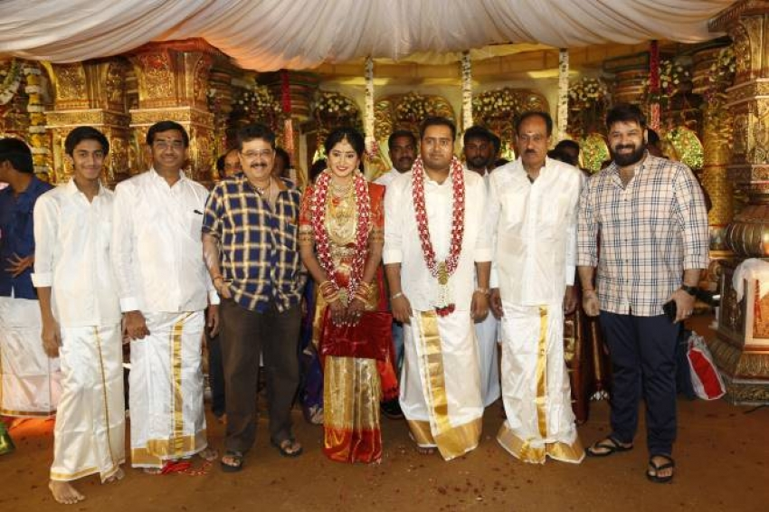 Producer Abinesh Elangovan & Nandhini Wedding Photos