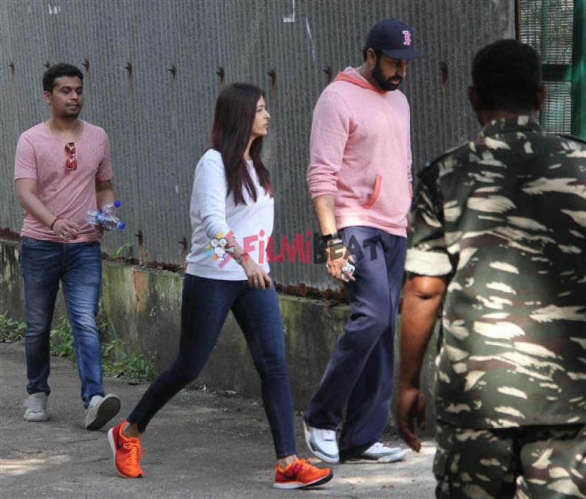 Aishwarya & Abhishek Bachchan Rush to Aishwarya Rai Parent House After Fire Breaks Out Photos