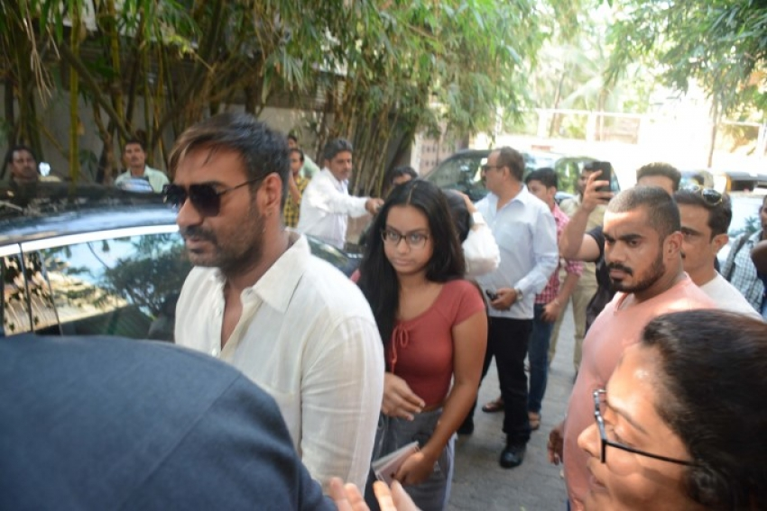 Ajay Devgan With Family Watch Golmaal At Sunny Super Sound Photos