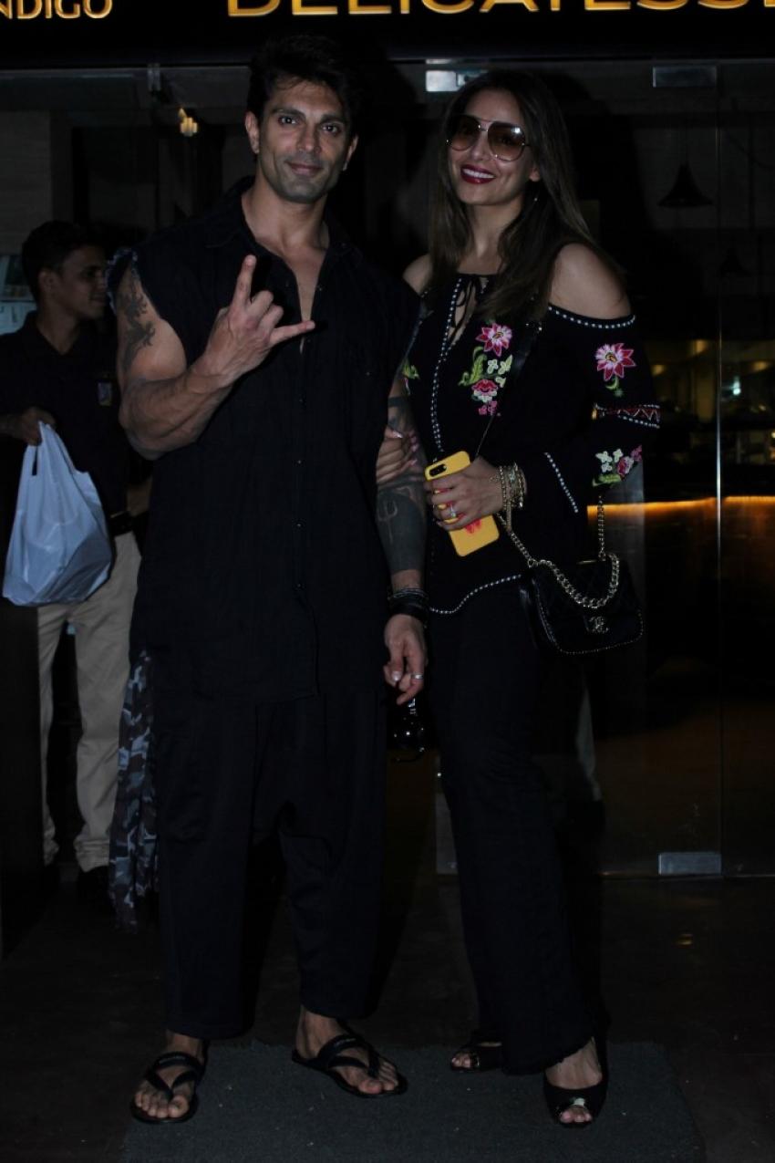 Bipasha And Karan Spotted At Indigo Restaurent Photos