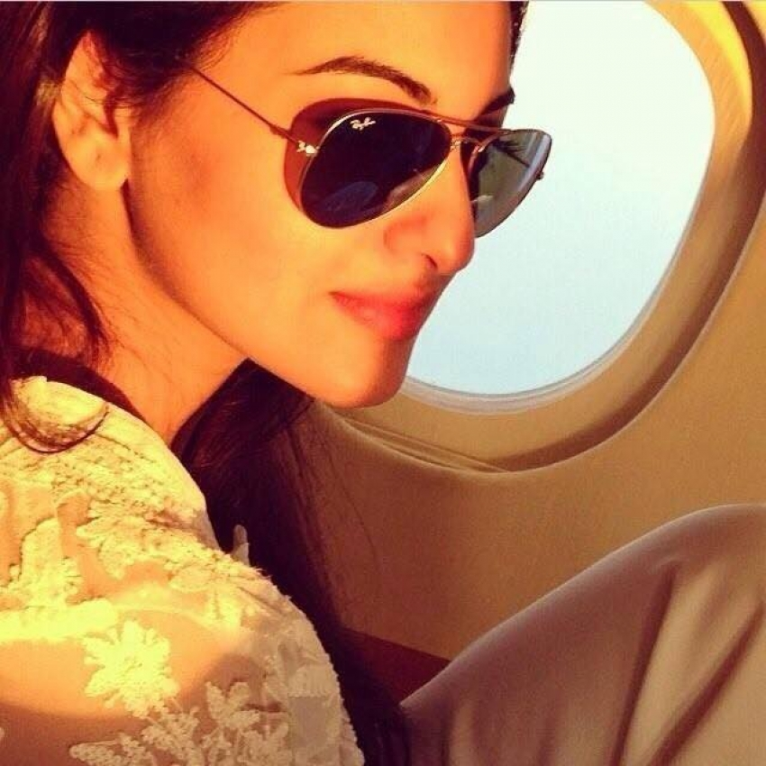 Bollywood Celebrities Flying In Private Jet Photos