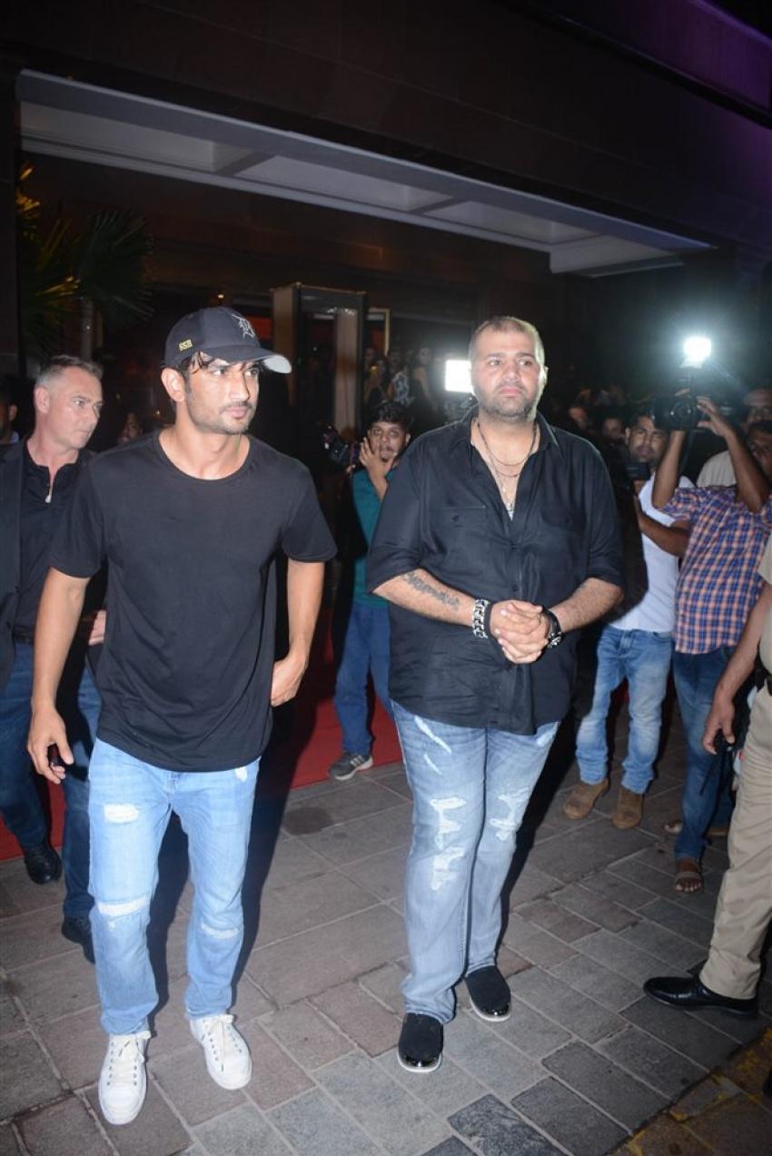 Bollywood Celebs At Gauri Khan Grand Hallowen Party Photos