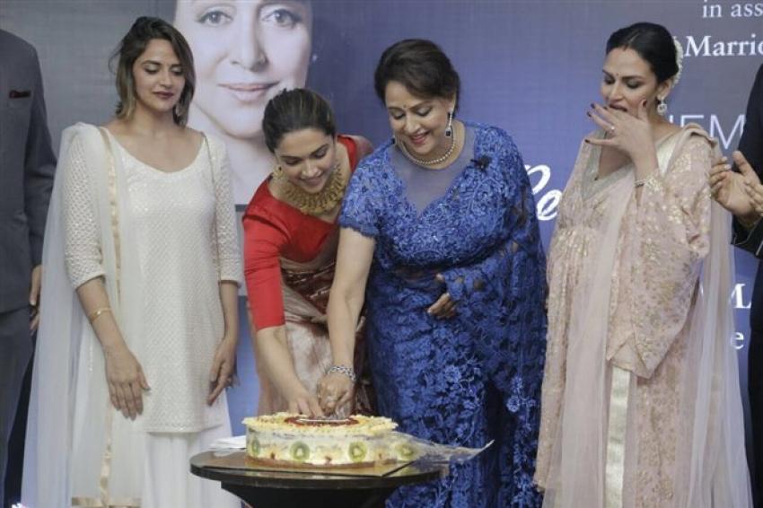 Deepika Padukone Launches Hema Malini's Biography Beyond The Dream Girl Photos