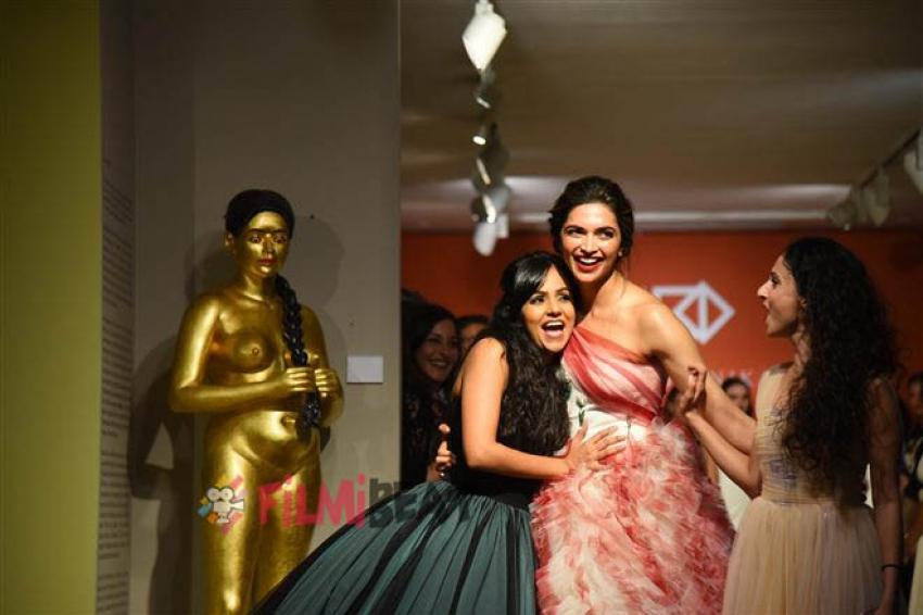 Deepika Padukone Walks The Ramp For Designer Gauri and Nainika Photos