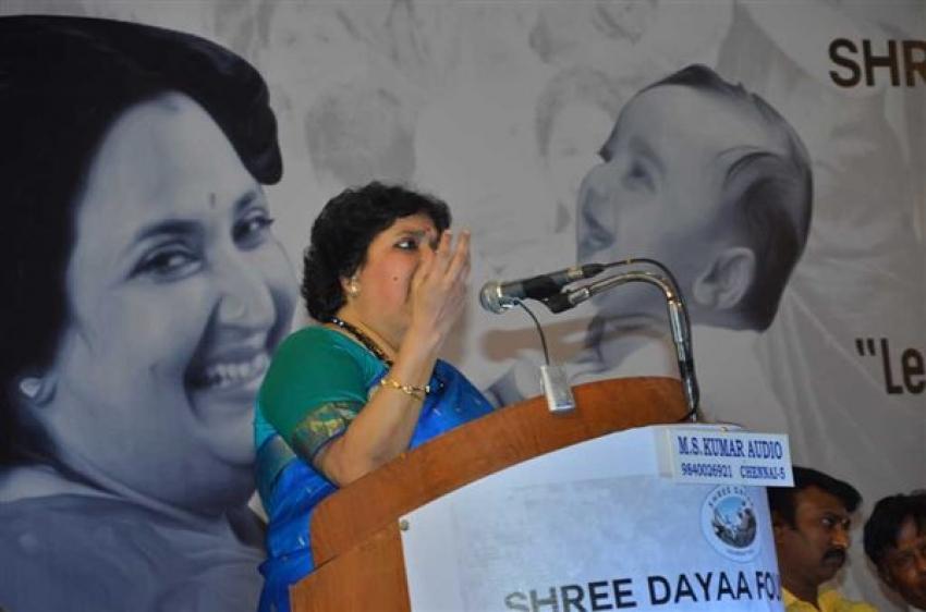 Latha Rajinikanth At Shree Dayaa Foundation Press Meet Photos